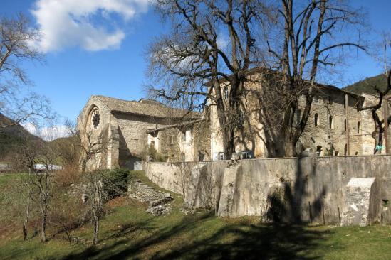 L'abbaye de Valcroissant, lieu de départ de la randonnée