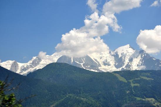 Le massif du Mont-Blanc vu de la montée à Plaine Joux