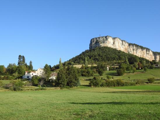 La Croix du Vellan domine le village de Plan-de-Baix