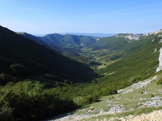 La haute vallée de la Gervanne vue depuis le col de la Bataille