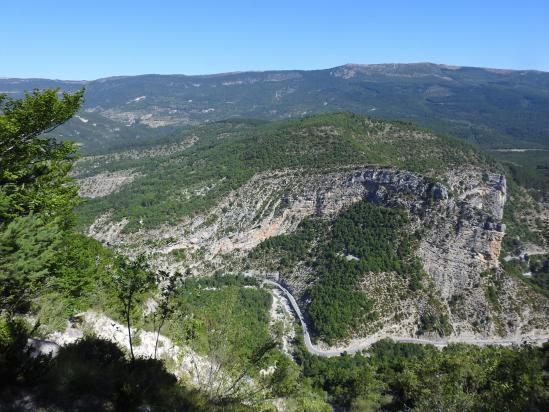Les gorges de la Méouge vues depuis le sentier d'accès au Pic de Saint-Cyr