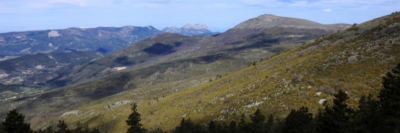 Couspeau, les Trois-Becs et La Servelle vus depuis le sommet du Gros Moure
