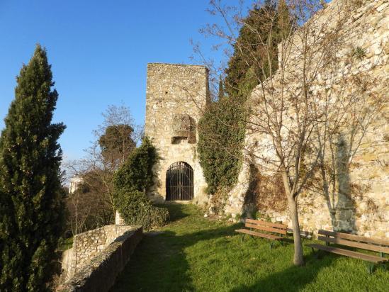 Le château de Roussas