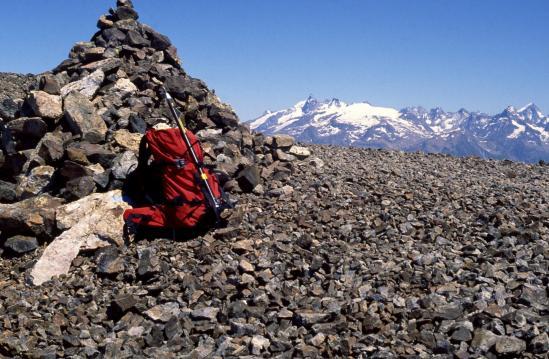 Vue sur le massif de la Meije depuis le sommet du Taillefer