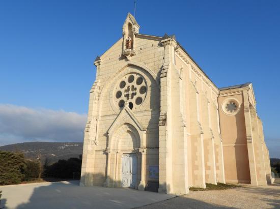 Le sanctuaire Saint-Joseph de Roussas