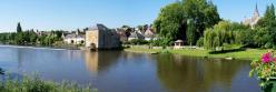 Le long de la Sarthe à Solesmes