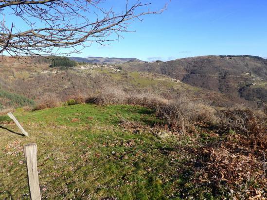 Sur le belvédère de Jocelyne au-dessus de la vallée de l'Orsanne