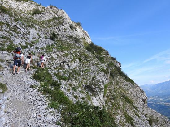 Dans le contournement du Rocher du Midi