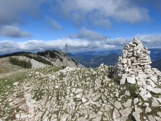 Au sommet de la montagne de la Lance (Rocher Garaux)