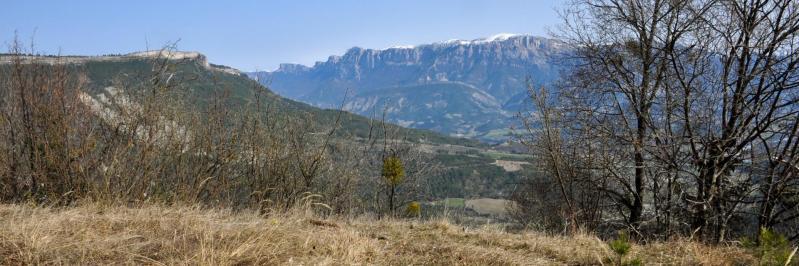 Dans la montée vers le Pas du Teysson (Serre Chauvière et Glandasse)