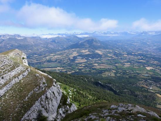 Au sommet du Pic de Céüse