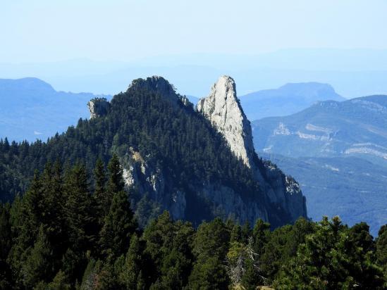 Le Dent de Die vue depuis l'itinéraire de montée au sommet de la montagne de Peyre-Rouge