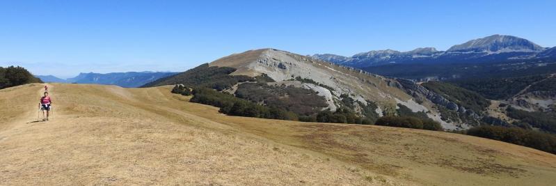 Sur la crête entre les rochers de Chironne et le But de l'Aiglette