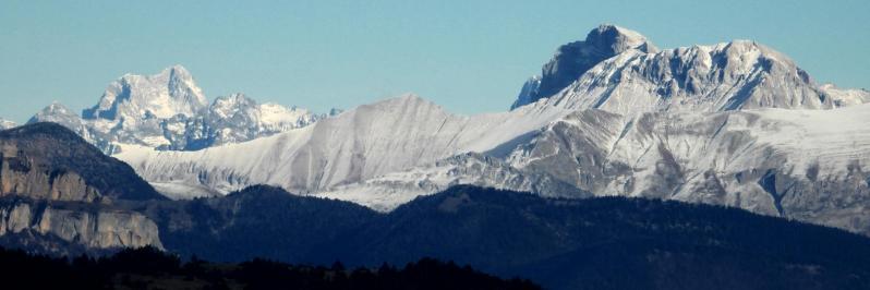 Depuis le sommet de la montagne de Faraud (Barre des Ecrins et Tête de l'Obiou)