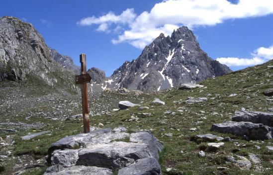 La Tête de Sautron vue depuis le col du Vallonnet