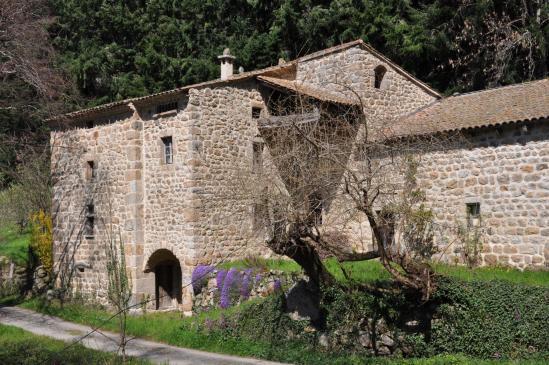 Le hameau de l'Aulagner