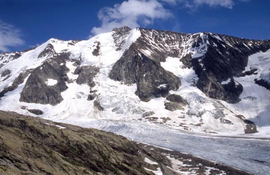Montée vers le refuge des Conscrits (Lée Blanche et Aiguille des Glaciers)