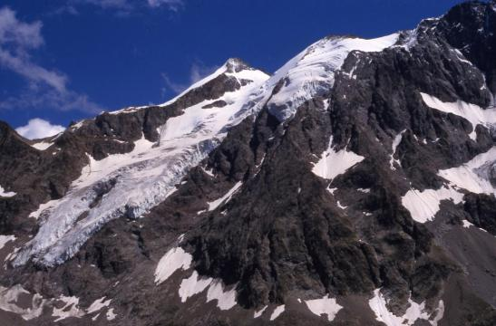 Le glacier de Tombe-Murée vu depuis le sentier de descente du refuge Adèle Planchard