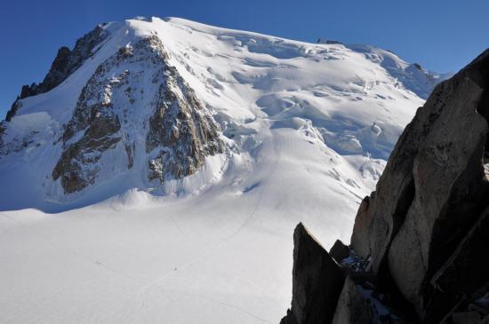 Au refuge des Cosmiques, vue sur le Mont-Blanc du Tacul