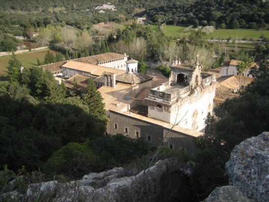 Le monastère de Lluch