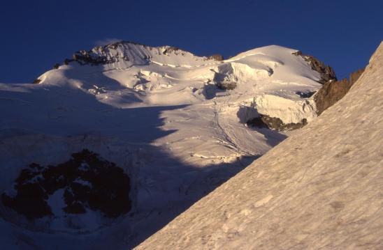 La Barre des Ecrins vue depuis l'itinéraire de montée à la Roche Faurio