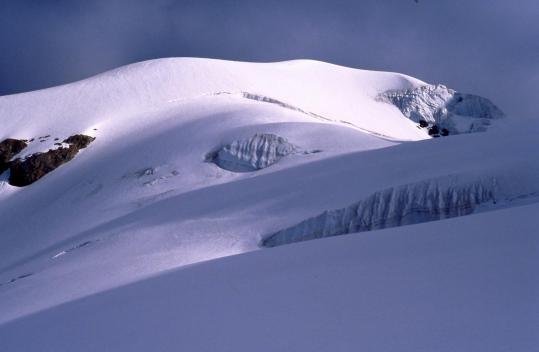 Sur le glacier des Glaciers au pied du Dôme des Glaciers