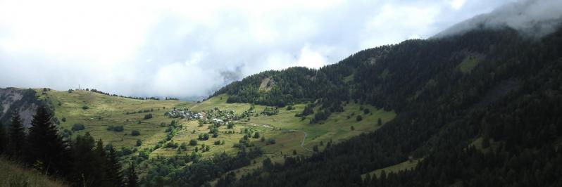 Villard-Reymond vu depuis le col de Corbière