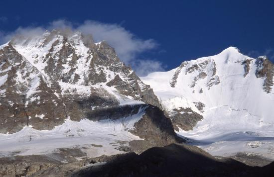 La punta Vaccarone et le Grand Paradis vus depuis le refuge Chabod