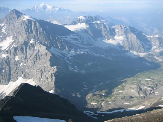 Le Mont Ruan vu du sommet de la Haute Cime des Dents du Midi