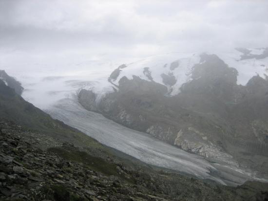 Dans les nuages au sommet de l'Oberrothorn