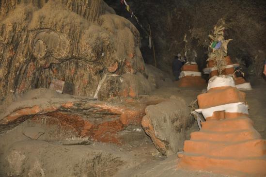 A l'intérieur de Chungsi cave