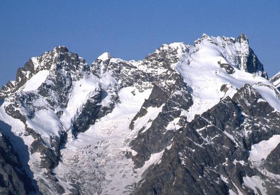 Le massif de la Meije vu depuis le sommet du Grand Galibier