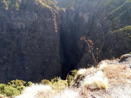 La chute de la rivière Jinbar