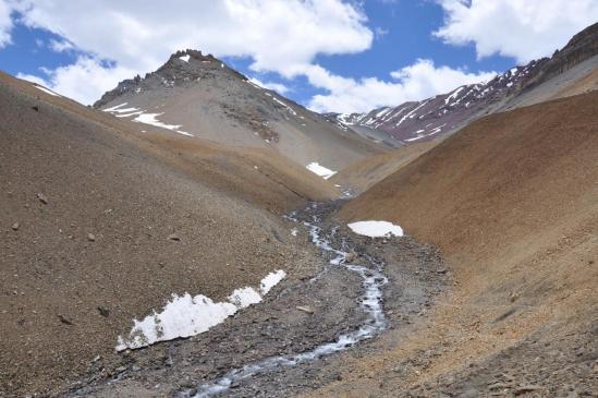 Sur le sentier de montée vers le Pudzong La