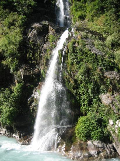 Les cascades de la vallée de la Marsyangdi khola
