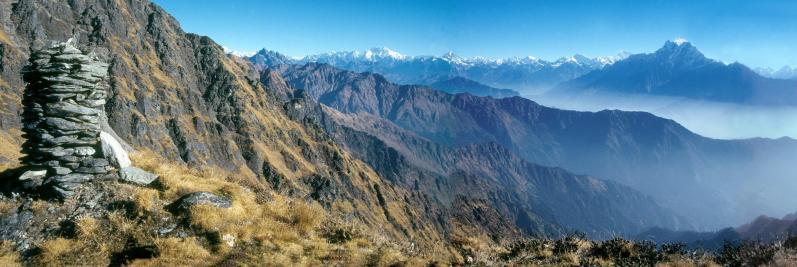 Vue du col au-dessus duJaisuli kund (Langtang Lirun)