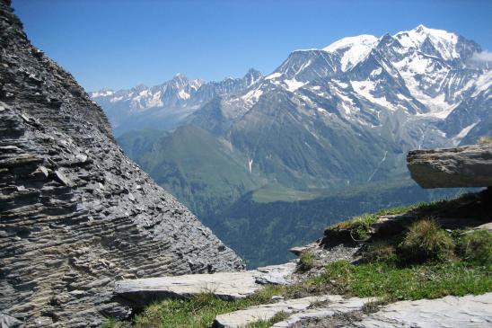 Au pied du sommet du Mont Joly (en face c'est le Mont-Blanc)