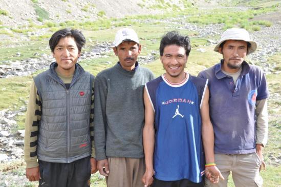 Jigmet, Donichen, Angchuk et Minup, la dream team des 43 jours de trek !