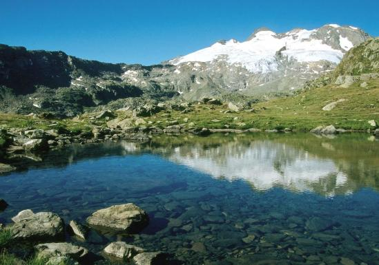Le lac de Fond entre Planaval et le refuge Deffeyes