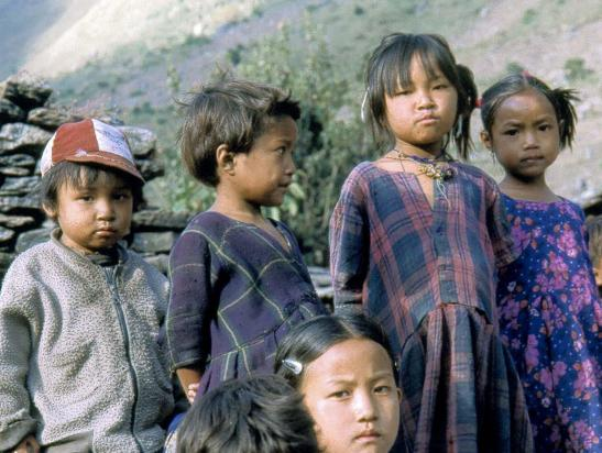 Groupe d'enfants à Philim