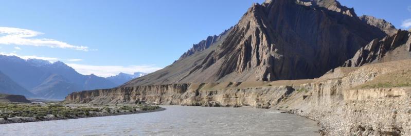 Le fleuve Zanskar du côté de Pidmo