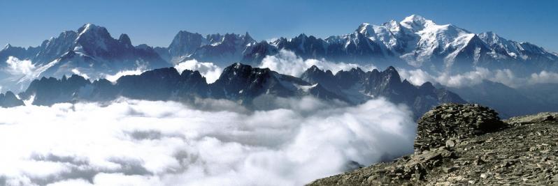 Le massif du Mont-Blanc vu du sommet du Buet
